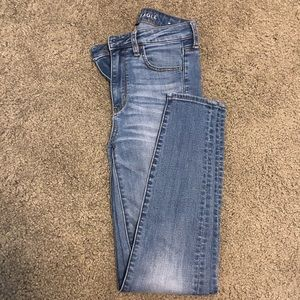 AE JEANS!!! (Super- High Rise Jeggings)